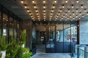 Hotel Ketley Blue Bricks en Strippen